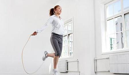 跳绳减肥结果怎样,一天该跳绳几多个才能瘦下来缩略图