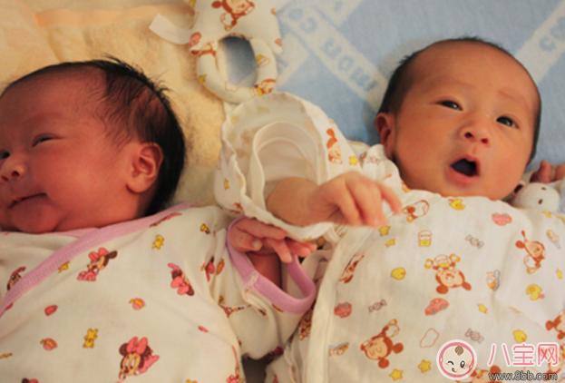 为何宝宝在诞生的时辰都要哭 宝宝诞生时的哭声不是真哭