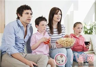 周末带孩子看甚么片子  带孩子看片子的益处
